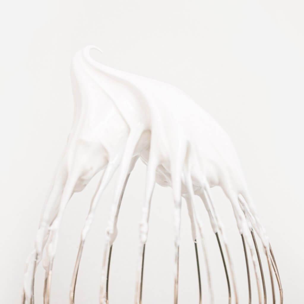 צילום מזון מרנג לבן
